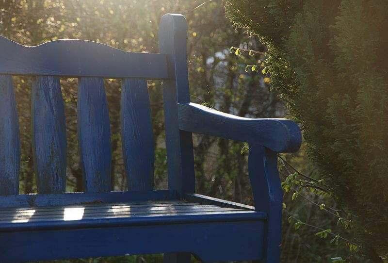 1001 pomysłów na pomalowanie ławki ogrodowej