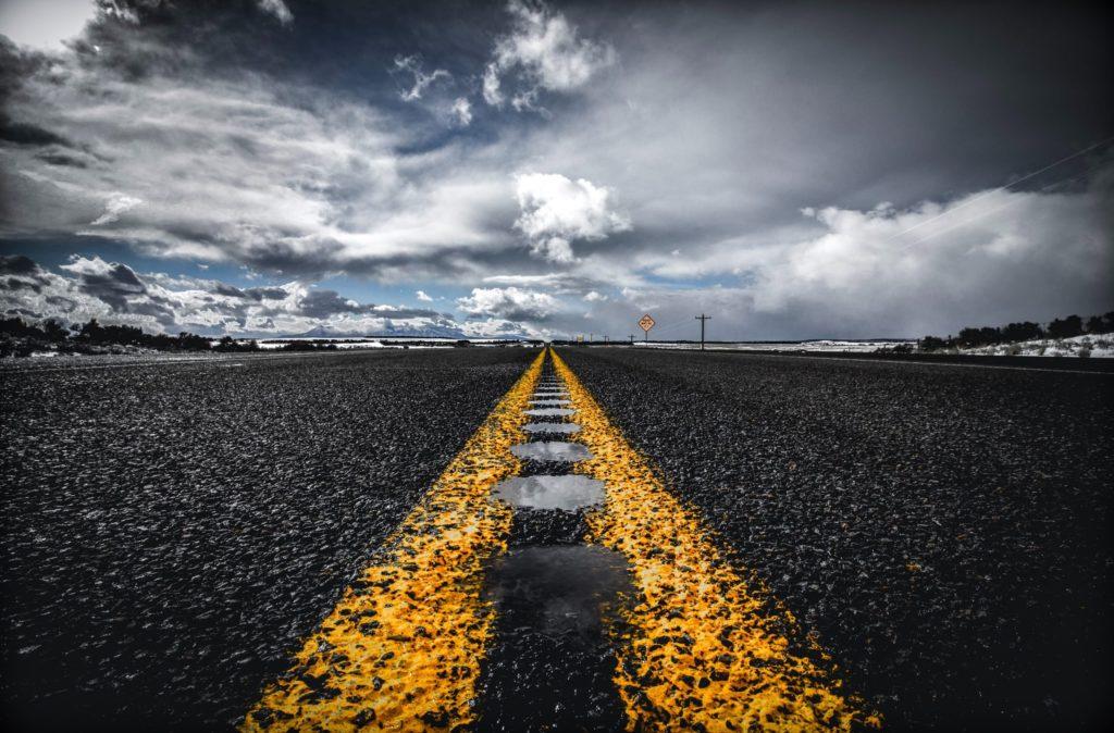 Niebezpieczne drogi – czym się cechują?