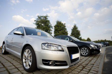 Zakup i sprowadzenie auta z zagranicy – czy warto i na co uważać?