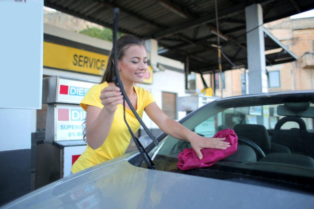 Jak dobrać odpowiedni ręcznik do osuszania samochodu?